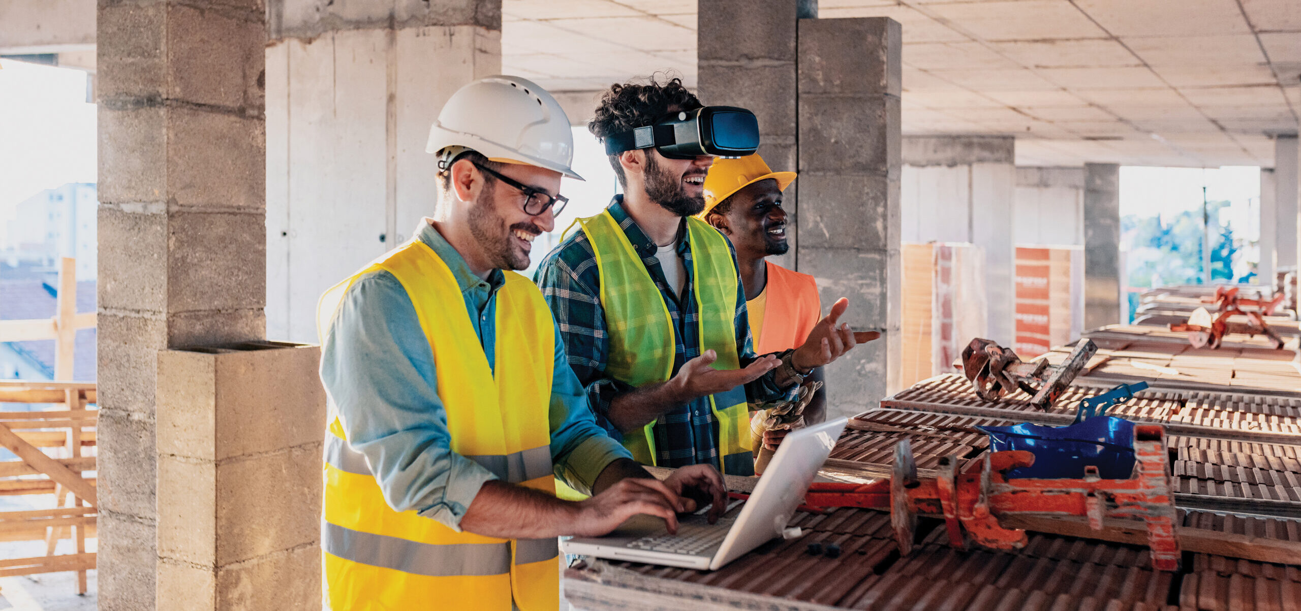 Construction worker using VR